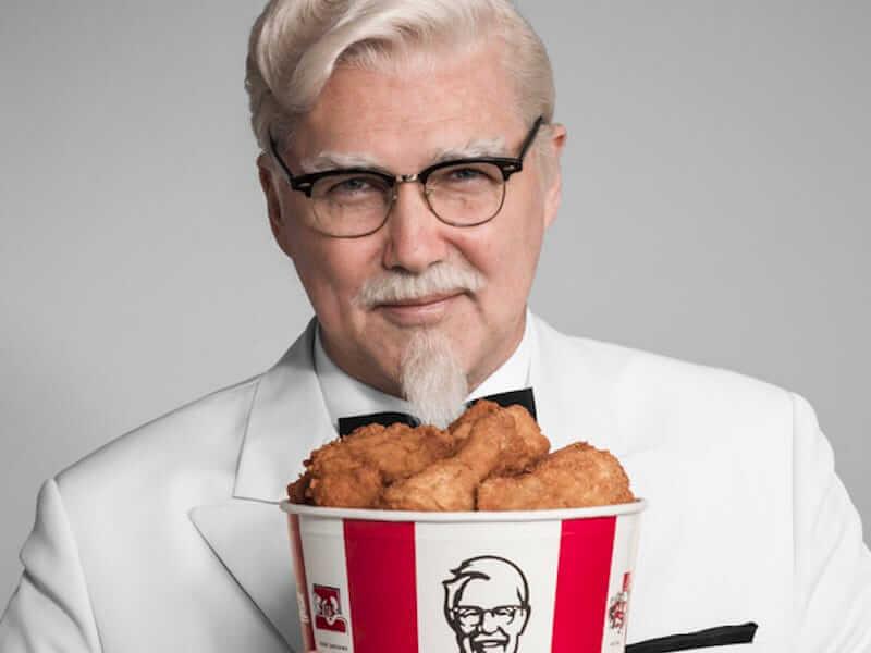 Cha đẻ KFC khởi nghiệp ở tuổi 62
