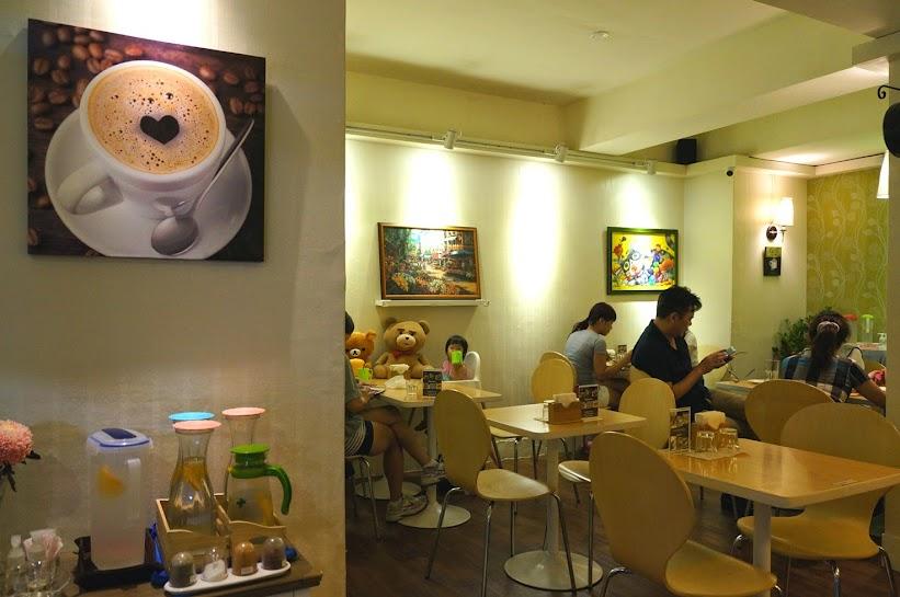 台北美食推薦-療癒系熊大.大眼仔咖啡~超可愛超好吃【sam咖啡】