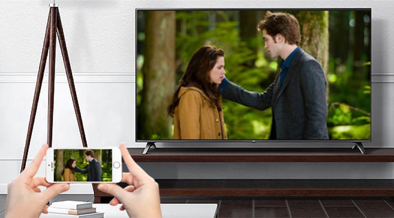 Smart Tivi LG 4K 86 inch 86UP8000PTB-Chiếu màn hình điện thoại lên tivi