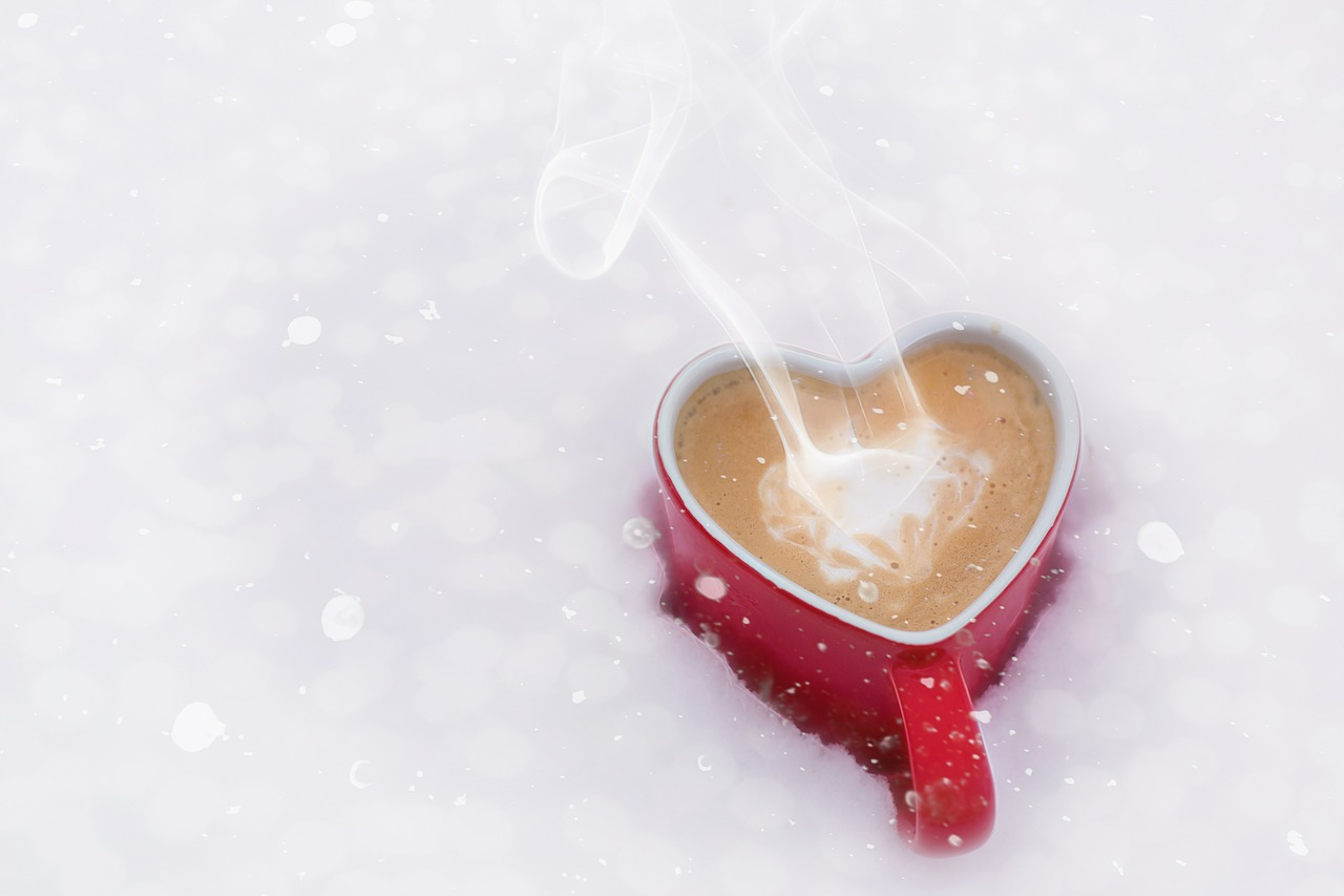 hot cocoa red heart mug