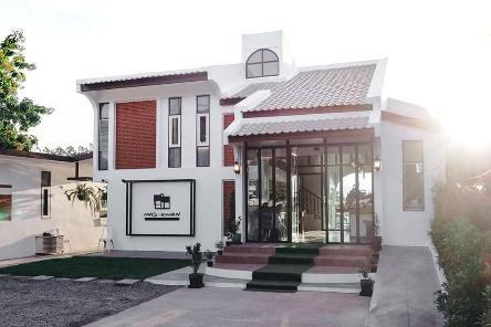 1. บ้านอิงกว๊าน Baan Ing Kwan Bar&Cafe