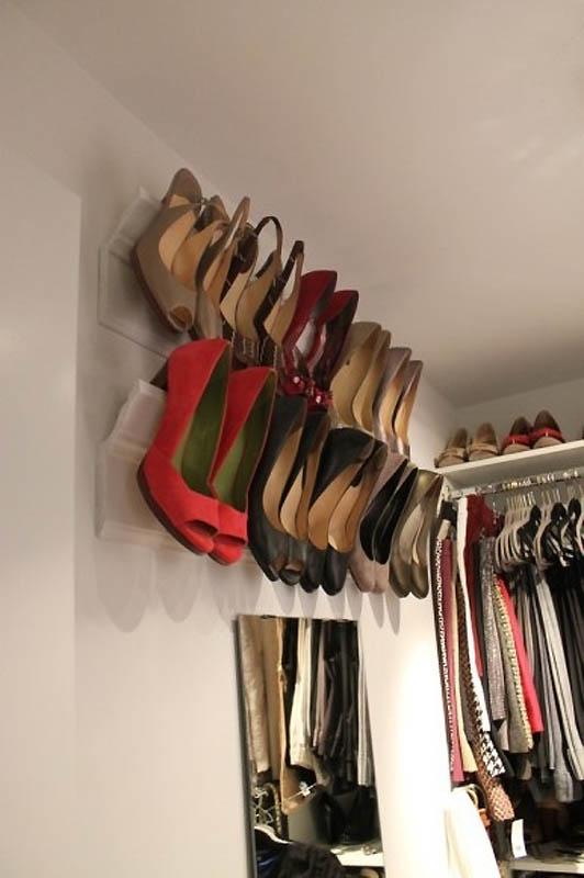 Tengase presente buenas ideas para almacenar y organizar for Perchas para colgar botas