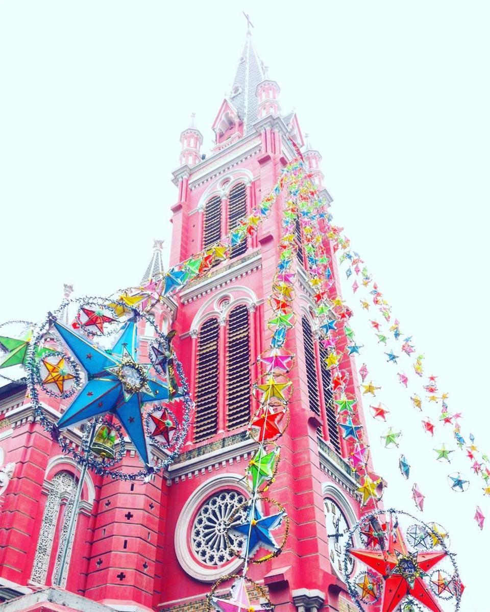 Nhà thờ Tân Định được trang hoàng lộng lẫy đón Giáng sinh