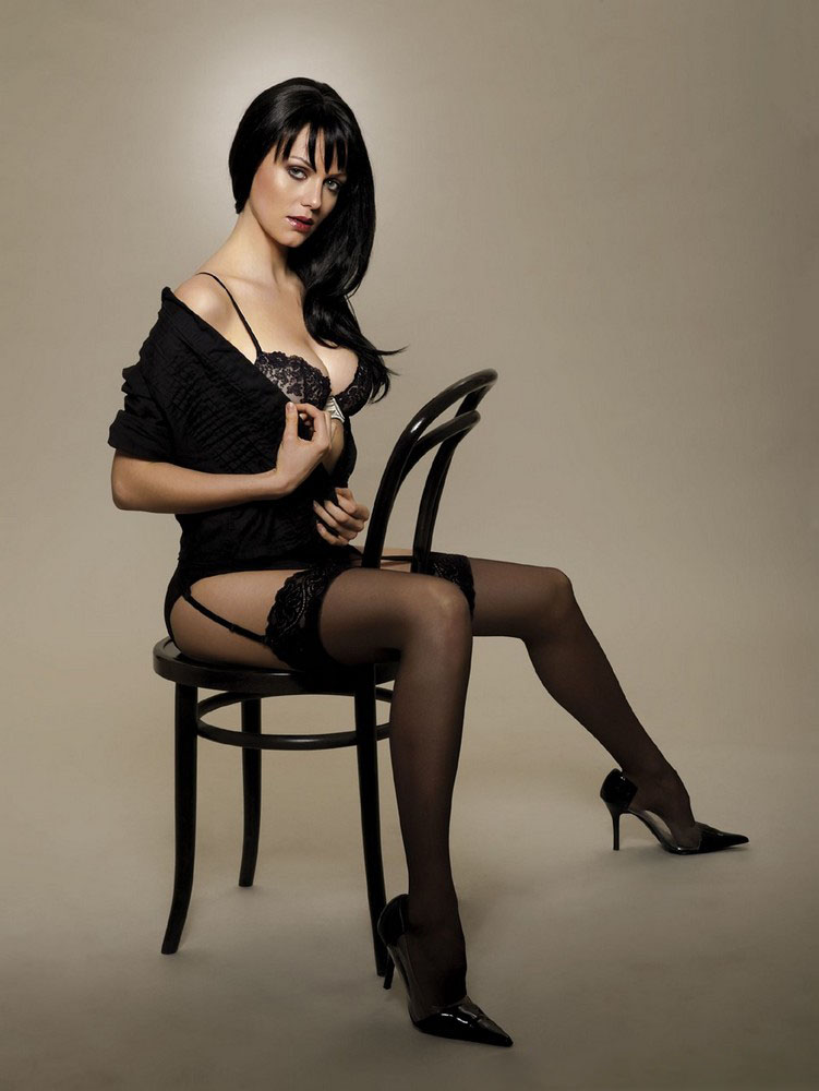 http://3.bp.blogspot.com/-J2zDn_vvBlw/UcfHiNQ5WmI/AAAAAAAAtx0/m-gKwKLIKIA/s1600/yana-gupta-hot-photoshoot+(5).jpg