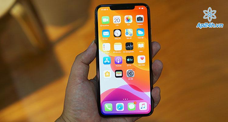 Top iPhone kích thước nhỏ đáng mua 2020