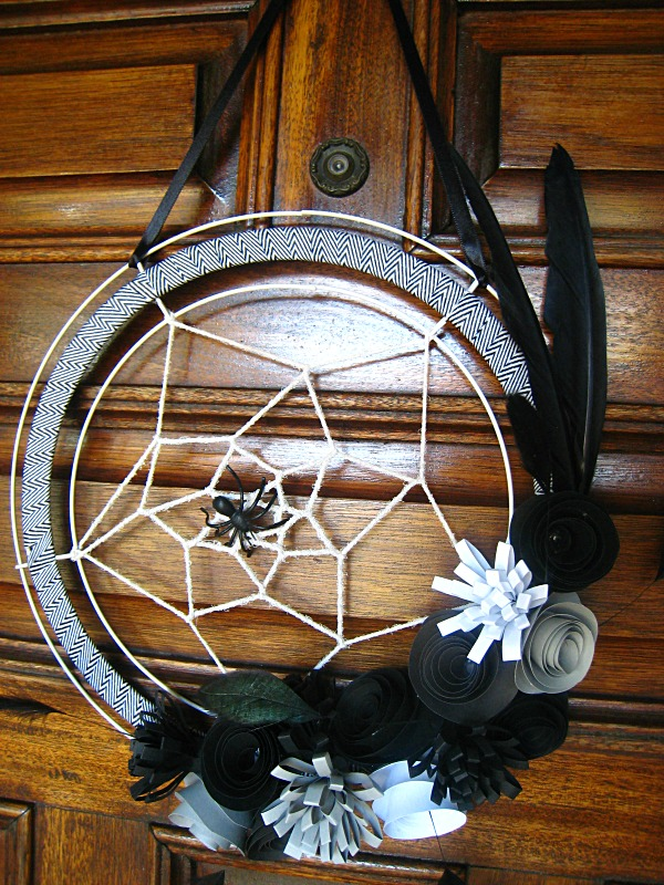 Spiderweb wreath (2).JPG