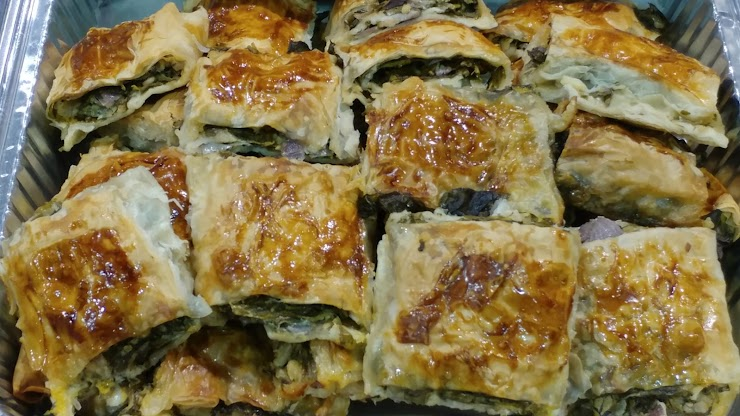 Rolled Pies with Spinach, Feta Cheese and Onion (Vegetarian)