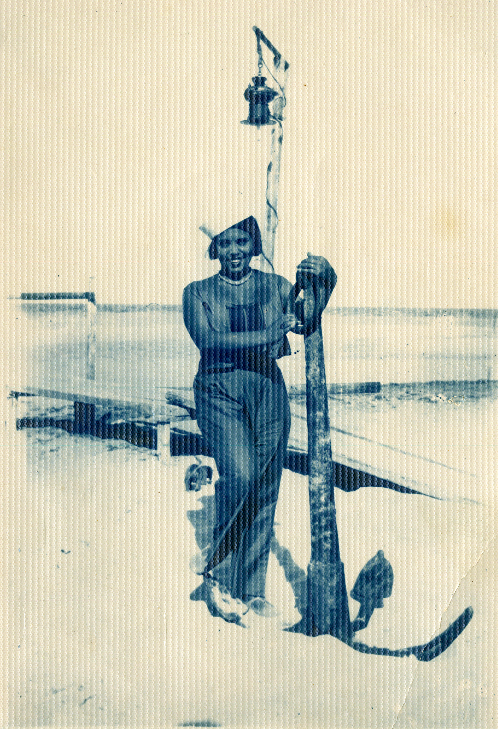 D:\00_MNAC\Vernisaj octombrie 2019\Foto comunicare fw19\p _ Margareta Sterian\Portret Margareta Sterian - prin amabilitatea Muzeului Judetean Buzau.tif