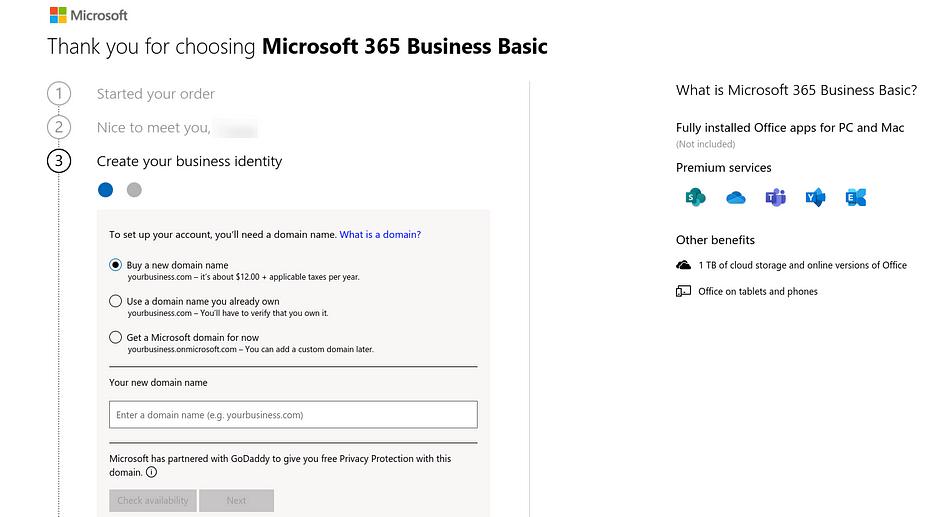 Tùy chọn sử dụng tên miền để tạo địa chỉ email doanh nghiệp Microsoft 365.
