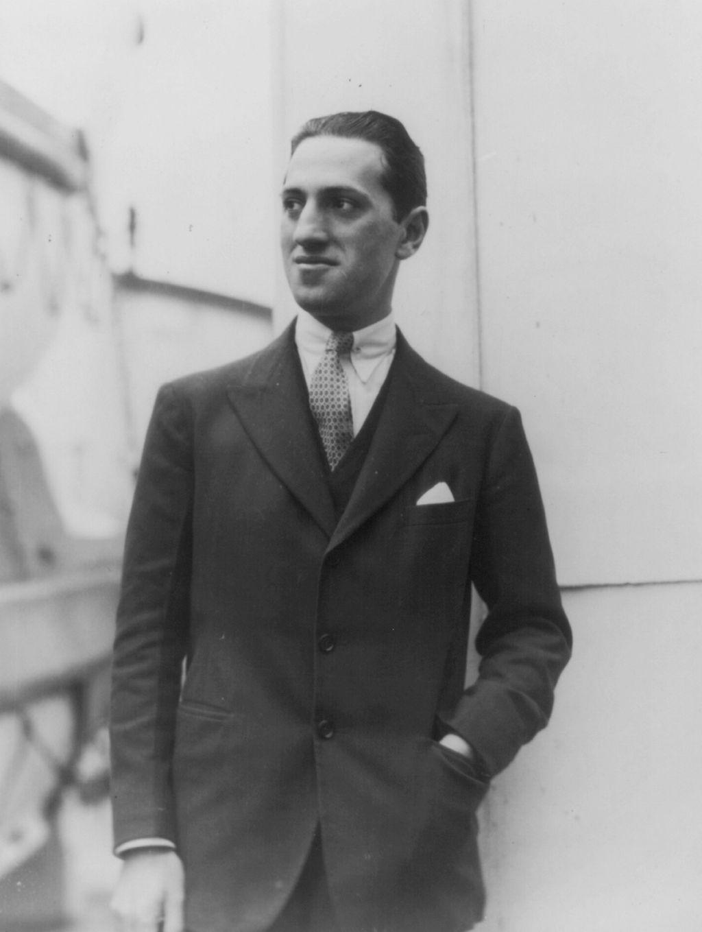 George Gershwin circa 1924.jpg