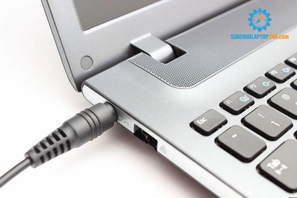 den-sac-laptop-nhap-nhay-1