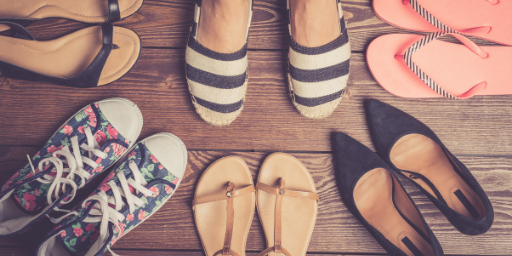 Travel packing tips for shoes