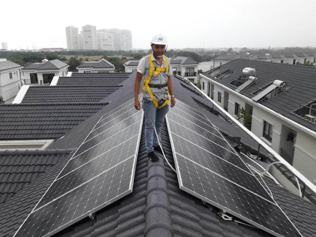 Lắp đặt điện mặt trời mái nhà còn phụ thuộc vào nhiều yếu tố khác nhau