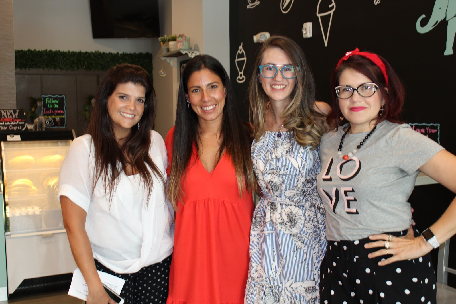 South Florida Mom Bloggers and the guest speakers for the June meetup