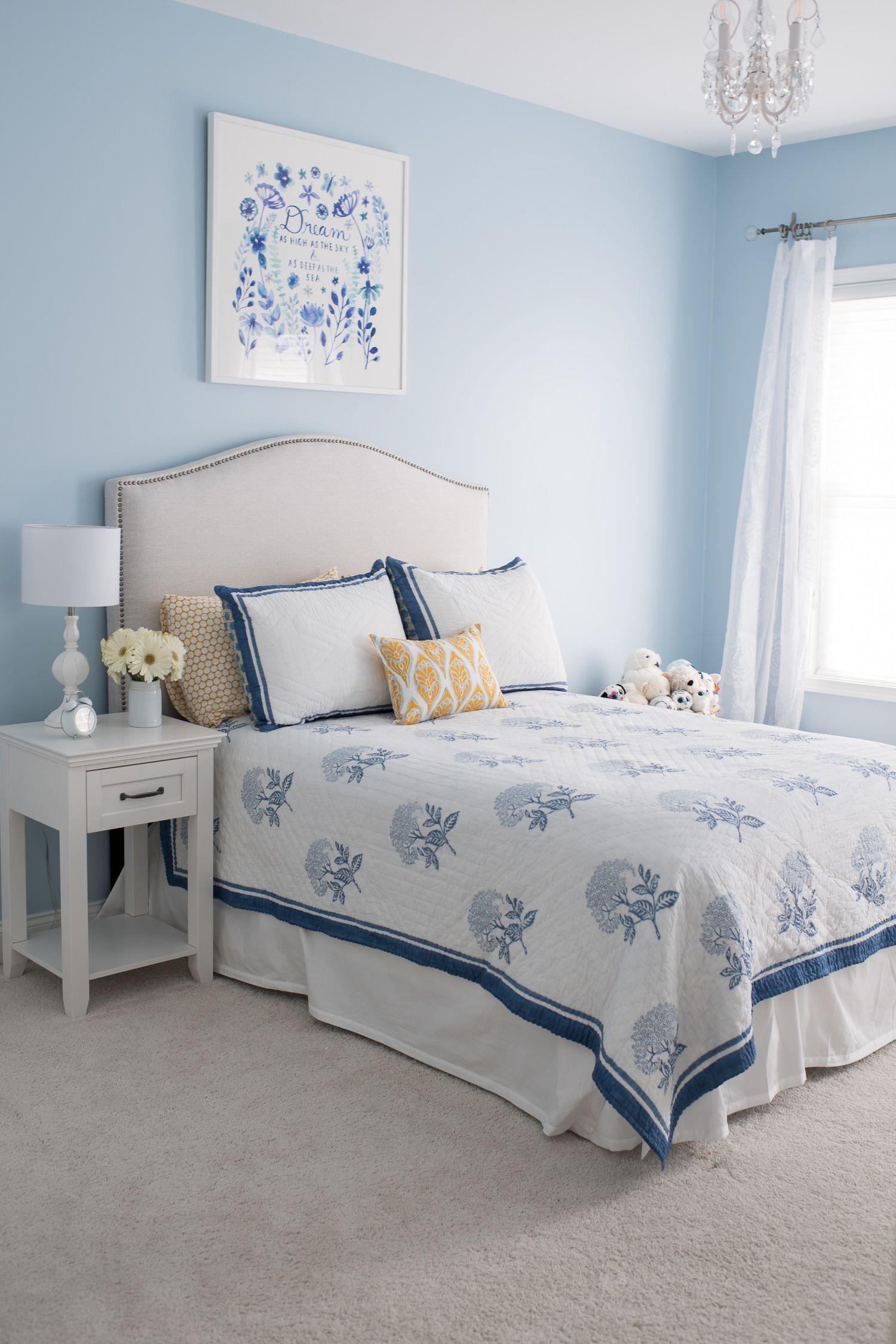 Hạn chế các chi tiết cũng như vật dụng trong phòng ngủ tân cổ điển đơn giản