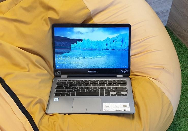 Asus VivoBook Flip TP410U yang tangguh untuk digunakan sehari-hari (Foto: Bambang - Gizmologi.ID)