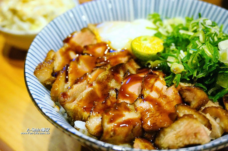 台中日式丼飯,滿燒肉丼食堂