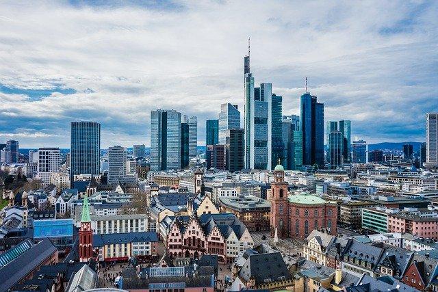 Frankfurt, Maine skyline