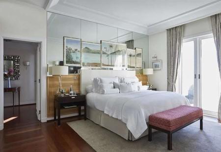 Os mais belos hotéis à beira-mar do Brasil. Foto de um quarto em Belmond Copacabana Palace, Rio de Janeiro, Brasil