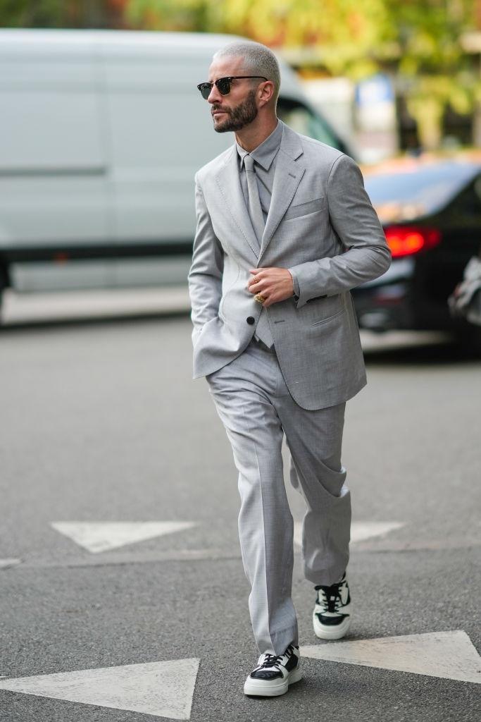 Trang phục một màu tại Tuần lễ thời trang Milan