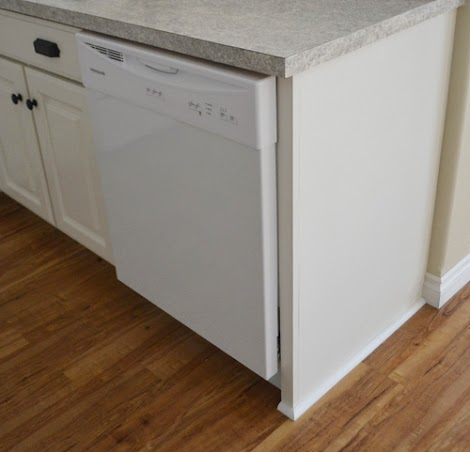 Finishing Details On Kitchen Cabinets Ana White Woodworking Projects