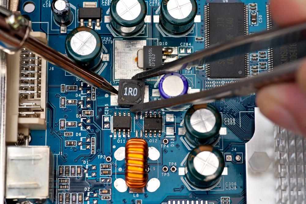 Evita incómodas reparaciones protegiendo tus placas de circuitos electrónicos