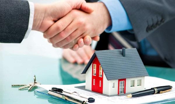 Có nên vay tiền mua nhà trả góp Vietcombank không?
