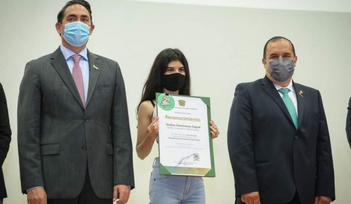 Estudiante mexicana desarrolla toalla femenina 100% biodegradable