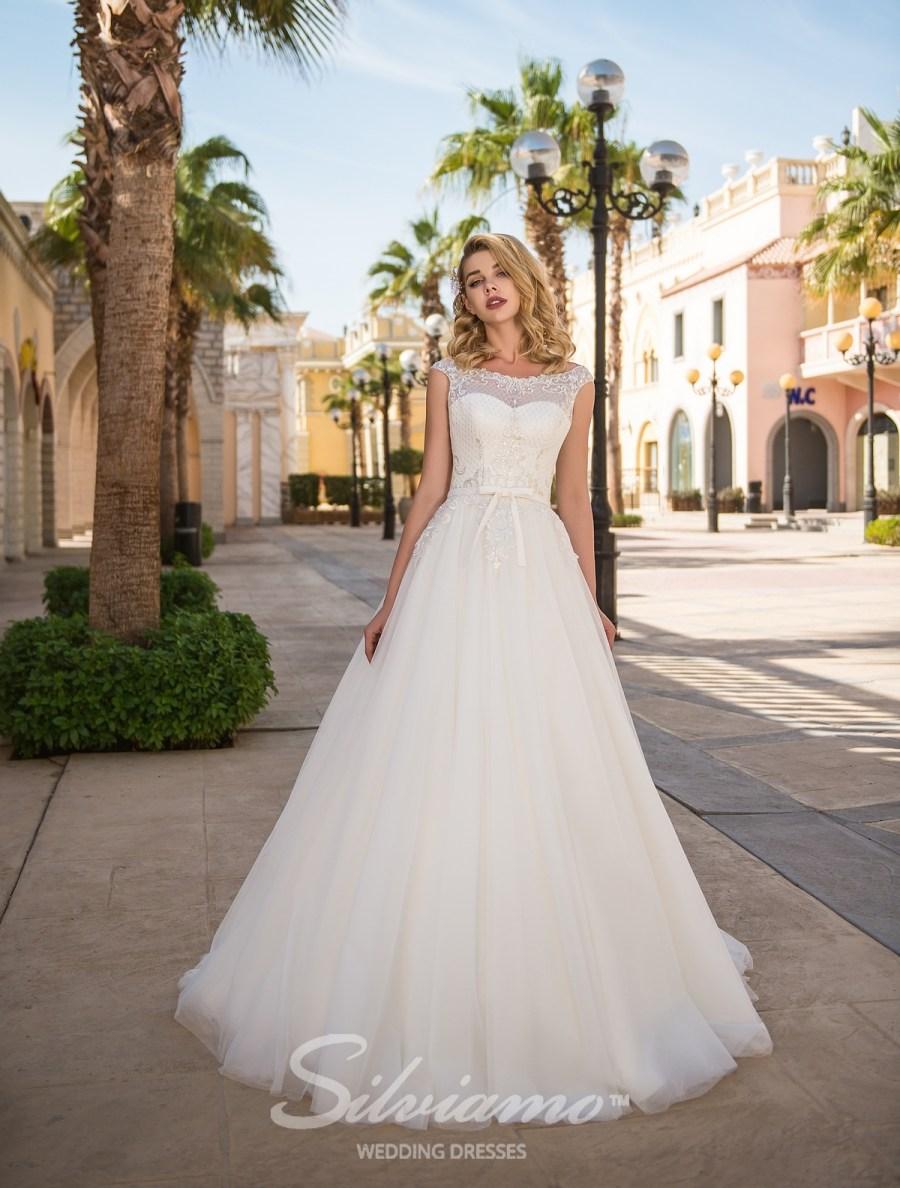 лучшие свадебные платья сильвиамо 2018
