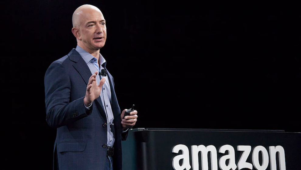 Amazon being defended by US Govt; facing allegations for defying India's FDI policy 1