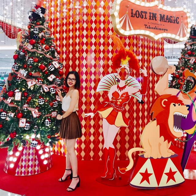 Takashimaya - Địa điểm nhận phòng Noel tuyệt đẹp ở Sài Gòn