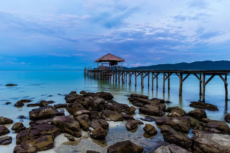 Bạn có biết Koh Rong Samloem - Thiên đường biển đẹp xinh của Campuchia? - ảnh 2