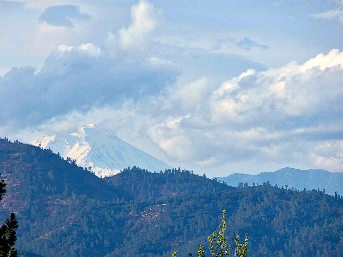 Mt Shasta Peak.jpg