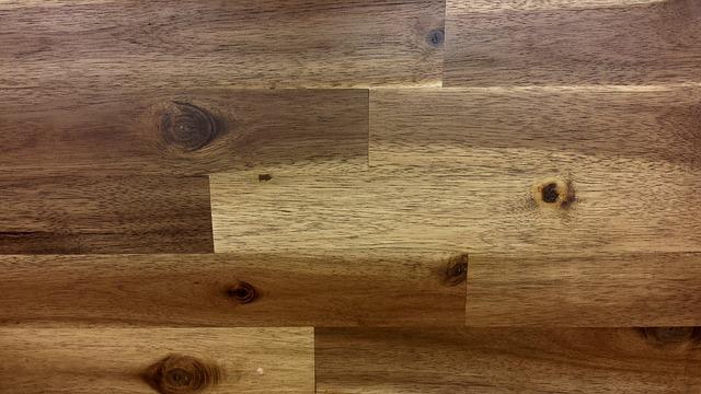 wood-620531_640.jpg