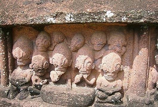 необычные каменные фигуры