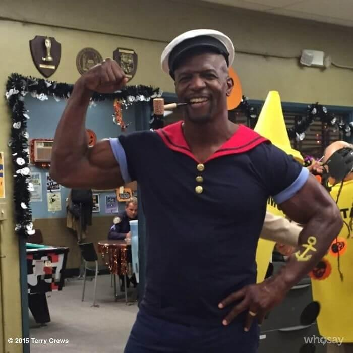 Terry Crews Uses His Muscles To Be Popeye