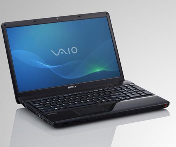 Laptop Sony Vaio SVE-15114FX.jpg