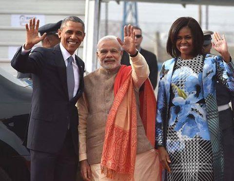 OBAMA IN INDIA: गर्मजोशी से मोदी ने किया स्वागत लेकिन ओबामा की मोदी से उम्मीदें भी पूरी होंगी? http://bbc.in/1B79WHu