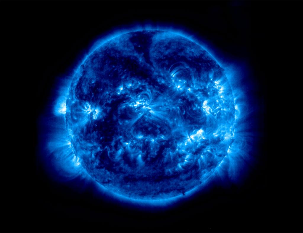 blue-iron-sun-9.jpg
