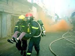 Sử dụng mặt nạ phòng độc trong các vụ cháy nổ