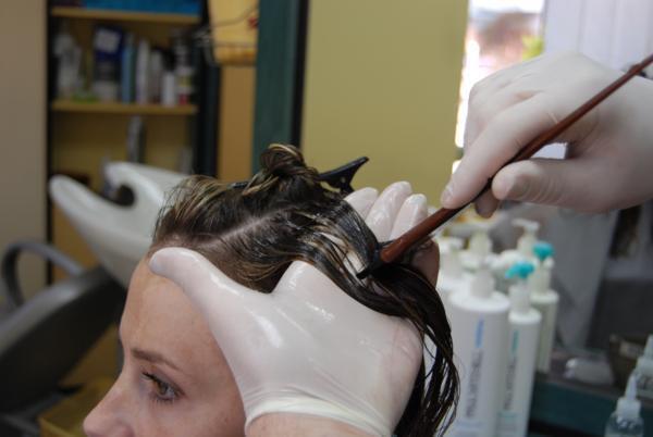 Процесс ламинирования волос