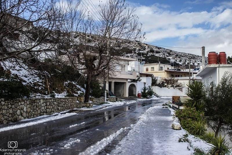 Χωριά της Κρήτης: Ταξιδεύουμε μέσα απο βίντεο και εικόνες στο χωριό Στείρωνας Μονοφατσίου