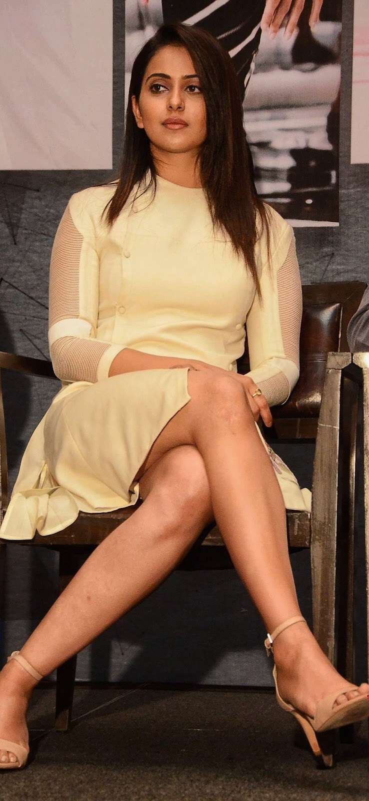 Rakul Preet Singh thighs Navel Queens