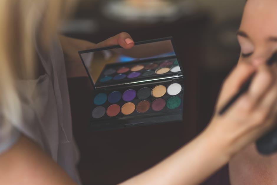 makeup-make-up-artist-make-up.jpg