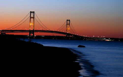 how to go to the top of the mackinac bridge