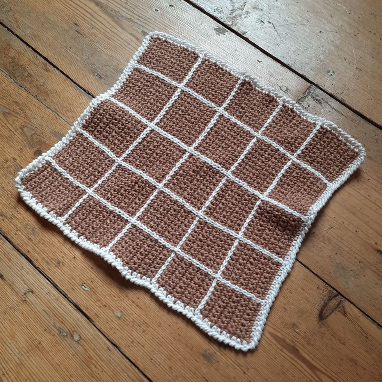 Finished Criss Cross Facecloth - by Emilly