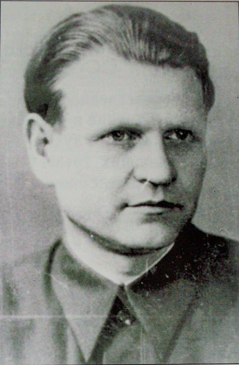 Інструктор міському партії Володимир Рибалов