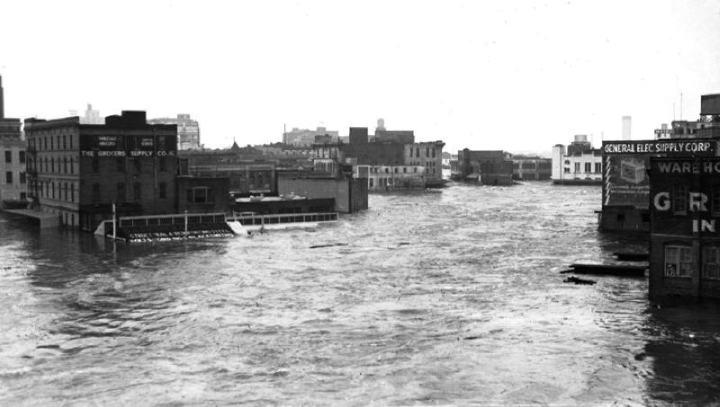 https://wattsupwiththat.files.wordpress.com/2017/08/houston-flood-1935.jpg?w=720&h=407