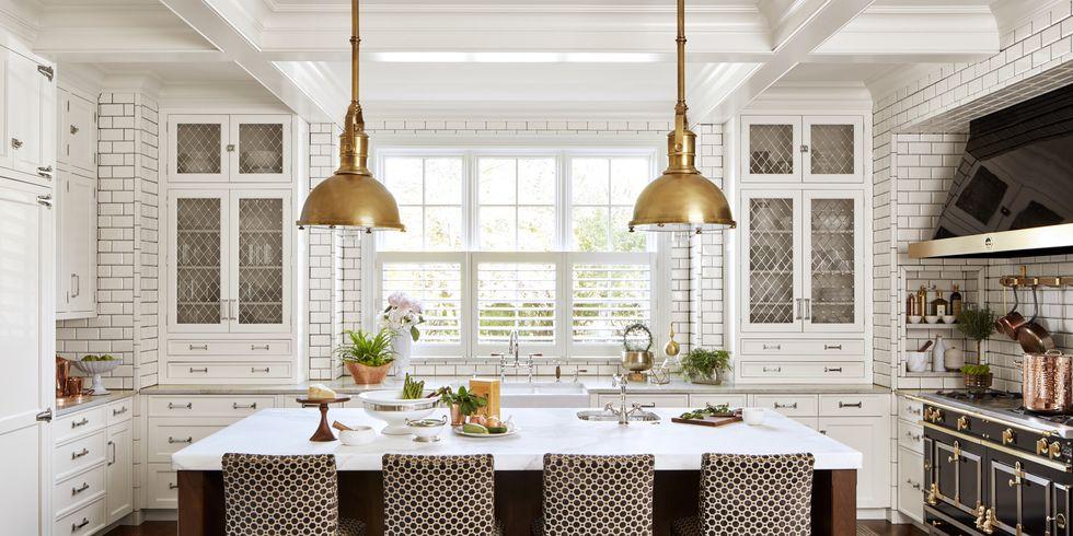 Desain Dapur Sekaligus Tempat Berkumpul - source: https://www.housebeautiful.com/