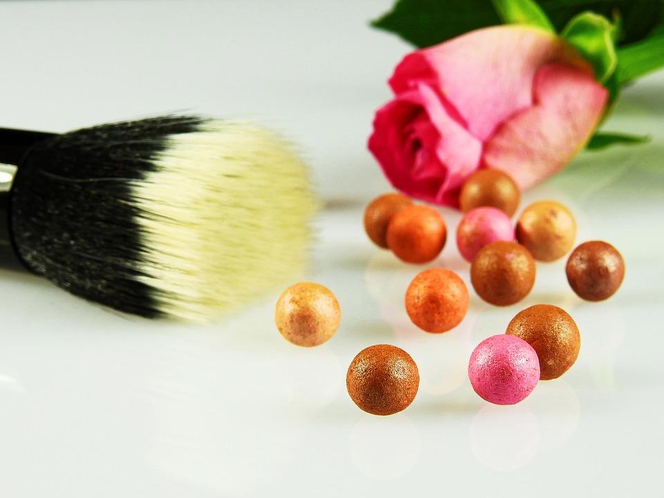 cosmetics-2109971_960_720.jpg